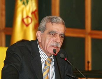 O líder curdo Ahmet Turk pede desculpas pelo genocídio