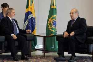 Presidente Lula e o embaixador da Armênia, Ashot Yeghiazarian, durante apresentação de credenciais (Brasília, DF, 08/12/2010) Foto: Ricardo Stuckert/PR