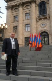 Kevork Zadikian – Ministério da Diáspora