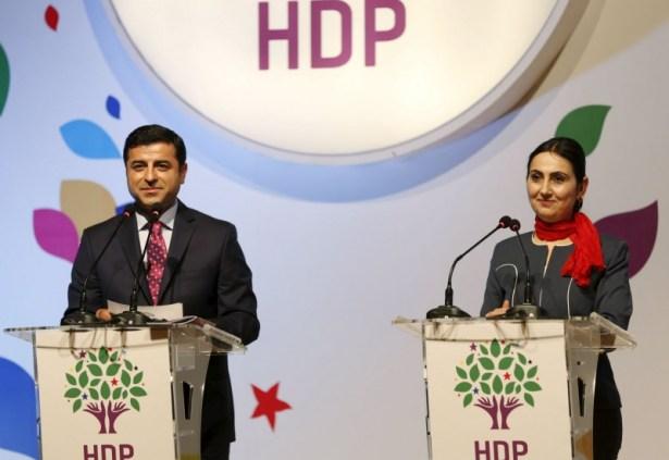 Foto HDP Selahattin Demirtas e Figen Yuksekdag