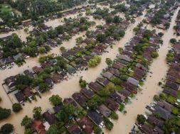hurricane-harvey-pol-ml-170830_4x3_992