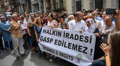 TURKEY-KURDS-UNREST-POLITICS-RIGHTS-DEMO