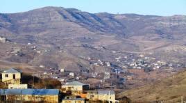 Criança e dois soldados são feridos em ataque de tropas do Azerbaijão em aldeias armênias