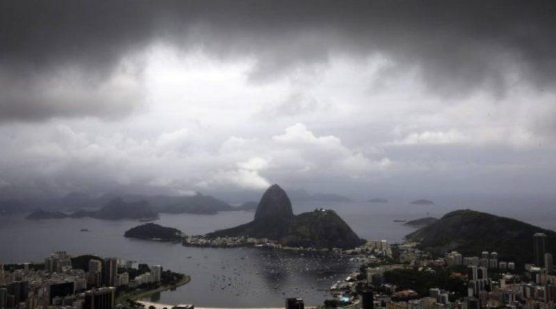 Feriado de tempo nublado no Rio