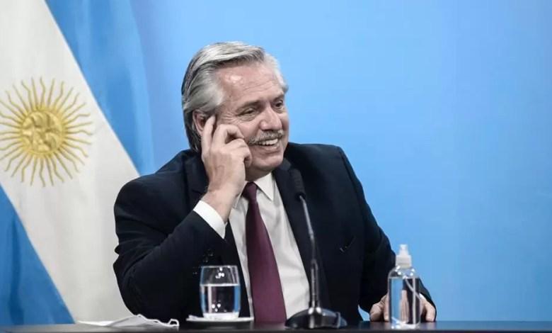 Photo of Fernández presentó una lista de unidad y será el presidente del PJ