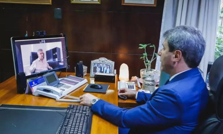 Photo of Uñac mantuvo un encuentro virtual con el director de Raffo en Argentina, Jorge Belluzzo