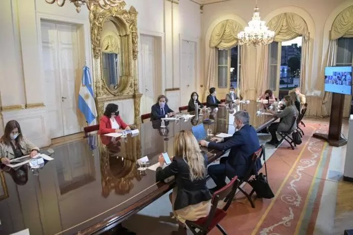 Photo of Preocupación por la segunda ola: Cafiero reunió de urgencia a todo el Gabinete