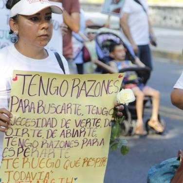 Cartulinas en las que los ciudadanos manifestaron el deseo por encontrar a sus seres queridos.