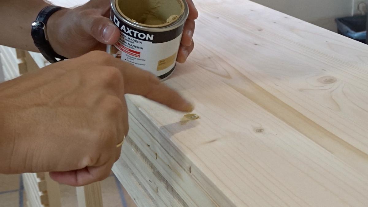 Añadir masilla a un cabecero