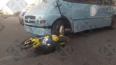Foto de Motociclista se salva de milagro