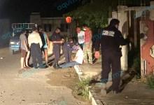 Foto de Vecinos le caen a golpes a alocado sujeto