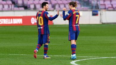 Foto de Barcelona golea a Osasuna y Messi rinde homenaje a Maradona