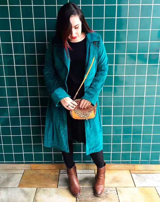 look-do-dia-trench-coat-verde-03