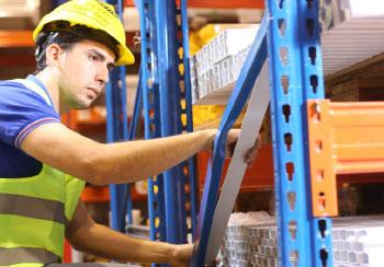 Revisión de estanterías industriales