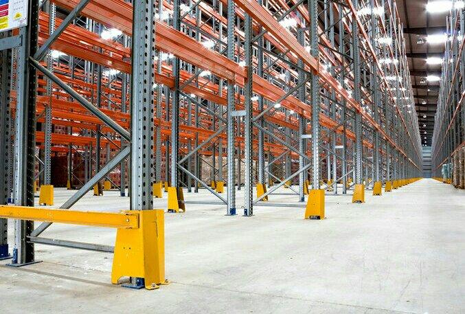Venta de estanterías industriales en Tenerife.