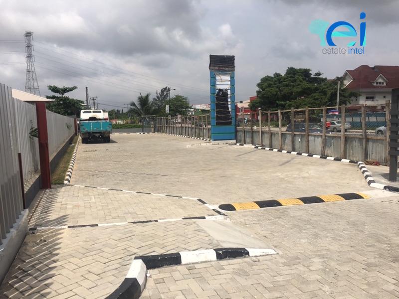 November 2017. Development: Lennox Mall, Admiralty Way/Layi Yusuf Crescent, Lekki Phase 1 - Lagos