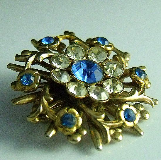 Unsigned Brooch