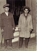 Dos serenos del siglo XX (imagen donada a nuestro Museo Virtual de Viejas Fotos)