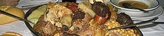 Un mesón regala un viaje a Canarias a quien se coma una ración completa de su cocido