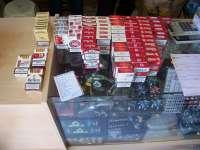 Policía Local requisa en Alcantarilla gran cantidad de tabaco vendido sin autorización en un local