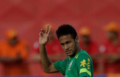 Neymar, en un entrenamiento con la selección brasileña.