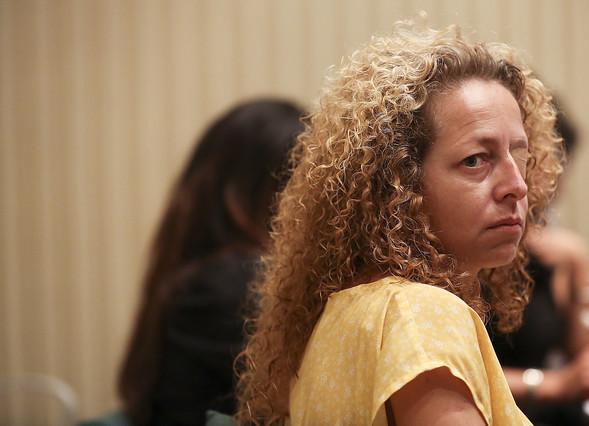 Los Mossos reconocen por primera vez que un proyectil policial dejó tuerta Ester Quintana