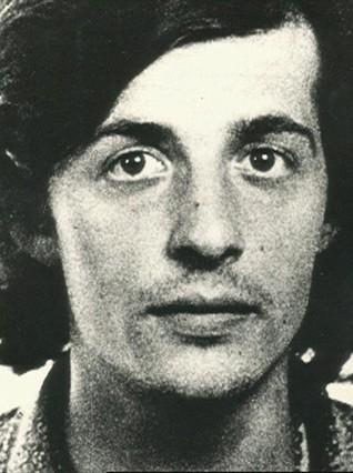 Colau se querella contra el redactor de la sentencia de muerte de Puig Antich
