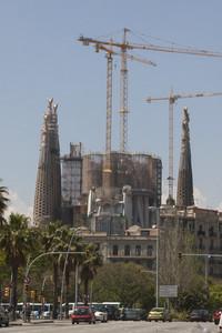 Andamio instalado sobre la nave principal de la Sagrada Familia para construir las seis torres centrales.