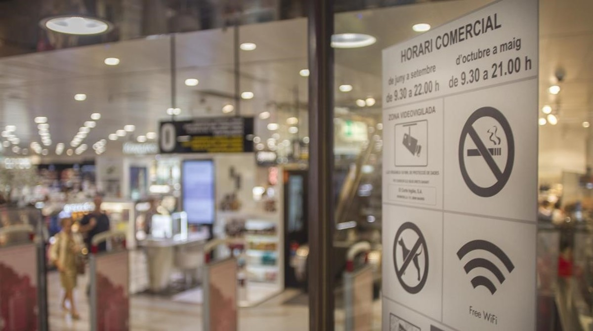 zentauroepp40524637 horario comercial tiendas171013201006