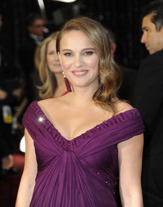 Natalie Portman, a l'arribar a la cerimònia d'entrega dels Oscars.