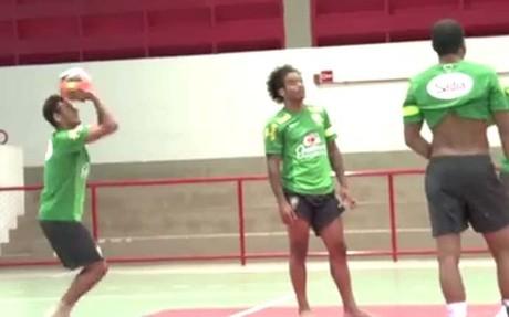 Neymar, en Brasilia con su selección