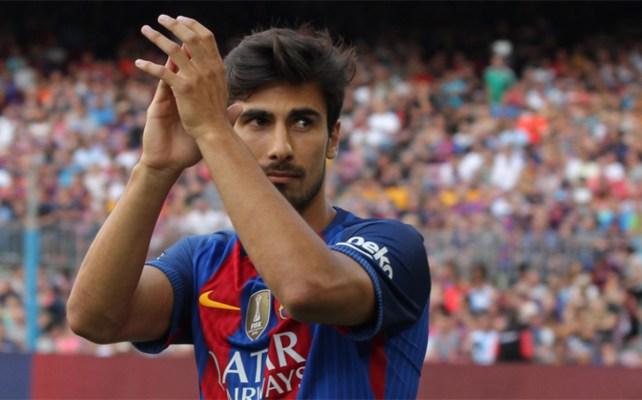 André Gomes en su presentación como nuevo futbolista del FC Barcelona - Sport.es