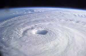 Ojo del huracán 'Isabel', en 2003. (Foto: EFE)