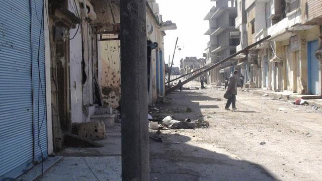 Viviendas destrozadas tras la ofensiva de las fuerzas sirias en Rasten, cerca de Homs. | Reuters