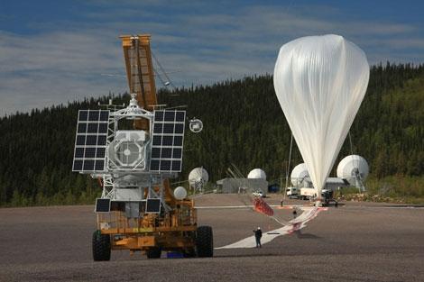Globo que transporta el telescopio SUNRISE. | Max Planck