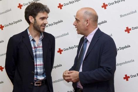 José Tomás junto a Jesús Mora, presidente autonómico de Cruz Roja. | S. González