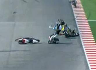 Accidente entre Tomizawa, Redding y de Angelis