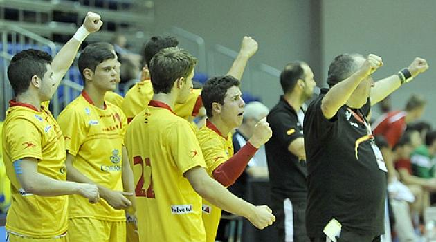 España gana la medalla de<br /><br /><br /><br /><br /><br /><br /><br /><br /><br /> bronce al vencer a Dinamarca