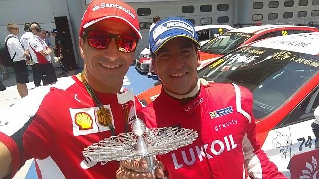 Jordi Gené gana la segunda carrera del campeonato TCR de turismos