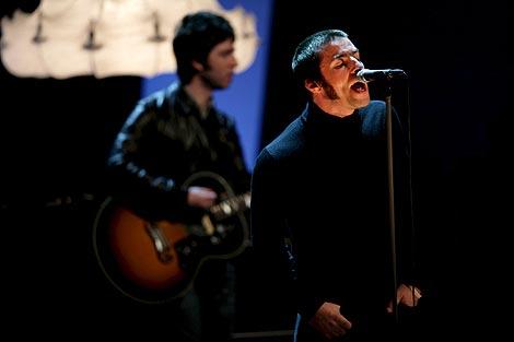 Oasis durante un concierto en Alemania el pasado sábado.   EFE