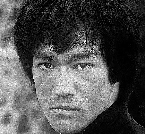 El maestro de artes marciales Bruce Lee, en 1973. | Ap