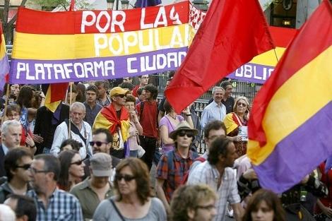 Participantes de la manifestación en Madrid en 2011. | Efe
