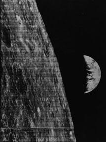 En 1966 la sonda soviética 'Lunar Orbiter' hizo la primera foto de la Tierra.| UCL