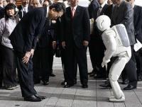 Robots vs Personas