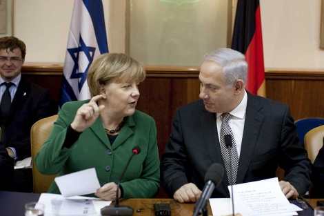 Angela Merkel y Benjamin Netanyahu ayer en Jerusalén. | ELMUNDO. es