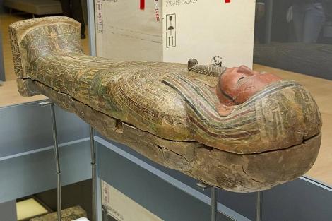 Uno de los sarcófagos expuestos en la muestra. | Fundación Novacaixagalicia