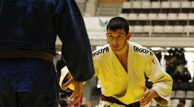 El español Kalabegashvili logra el<br /><br /><br /><br /> bronce en la categoría de hasta 81 kilos