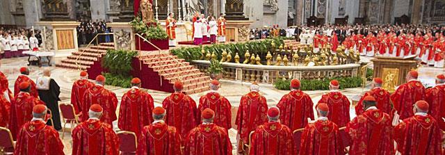 Momento de la misa 'Pro Eligendo Summo Pontifice' oficiada por Angelo Sodano. | Efe