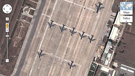 Base Aérea de Morón, Sevilla, con aviones de transporte militar de EEUU. (Google Maps)