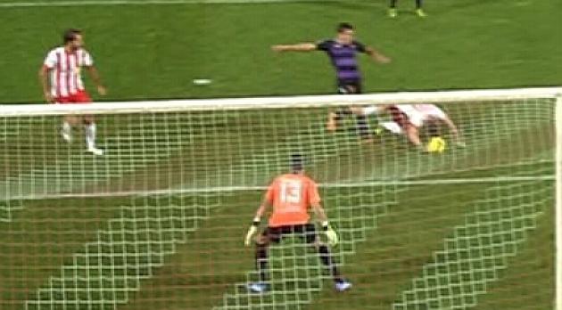Gol con la mano de Rodri.